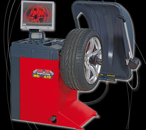 M&b 670 Video Wheel Balancer